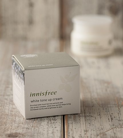 innisfree white tone up cream 3