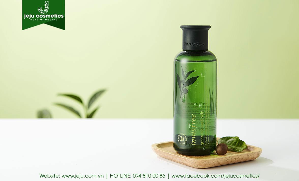 Nước hoa hồng Innisfree Green Tea Seed Skin